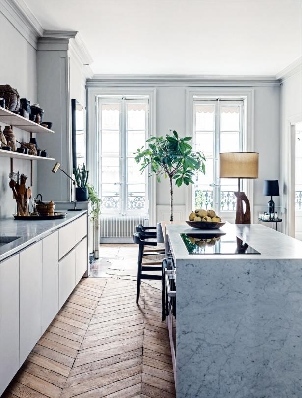 appartamento-francese-franch-apartment-bright-luminoso-white-bianco-chitchen-cucina-legno-wood-floor