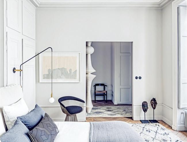 appartamento-francese-vitra-lamp-franch-apartment-bright-luminoso-white-bianco