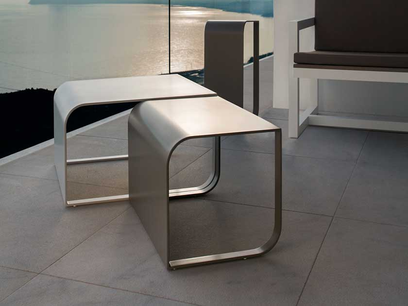 arumi-gandia-blasco-arumi-small-table-tavolino-outdoor-furniture-garden-summer-mobili-giardino-Camilla-Bellini-design-blogger-blog-the-diary-of-a-designer