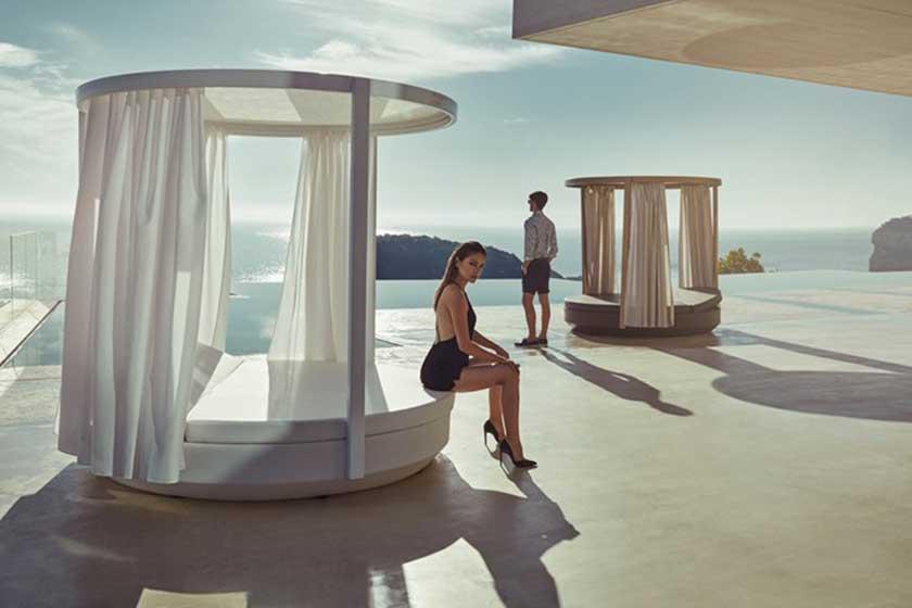vela-vondom-outdoor-furniture-garden-summer-mobili-giardino-Camilla-Bellini-design-blogger-blog-the-diary-of-a-designer