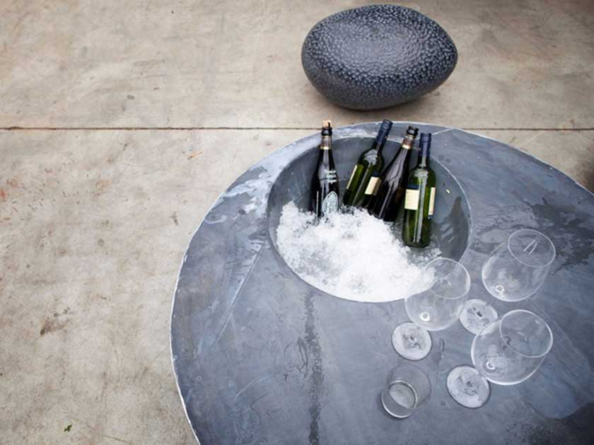zinc-cool-table-domani-small-table-tavolino-outdoor-furniture-garden-summer-mobili-giardino-Camilla-Bellini-design-blogger-blog-the-diary-of-a-designer