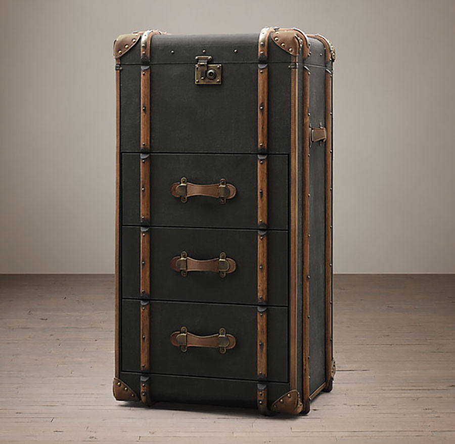 trunk-restoration-hardware-furniture-home-arredamento-mobili-camilla-bellini-blog-the-diary-of-a-designer-3