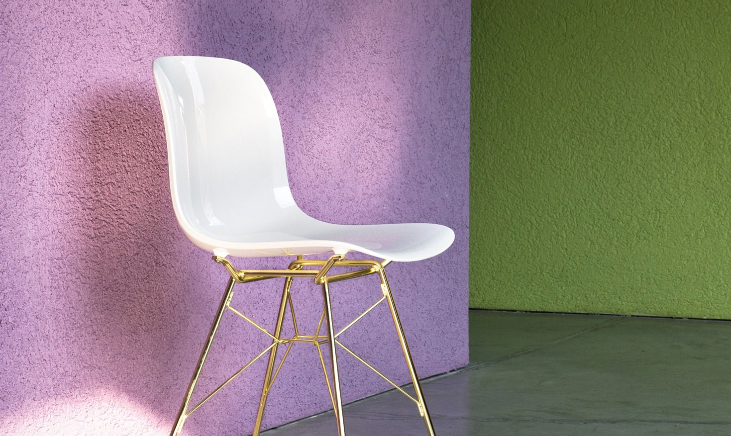 Polycarbonate & Chairs: the perfect combination for a modern style!