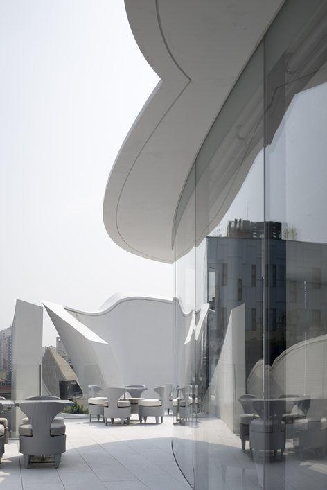 flagshipstore-seoul-dior-architecture-fashion-camilla-bellini-the-diary-of-a-designer-5