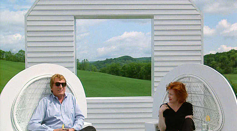 4-beetlejuice-movie-house-outdoor-tim-burton-winona-ryder-ristrutturazione-camilla-nellini-the-diary-of-a-designer
