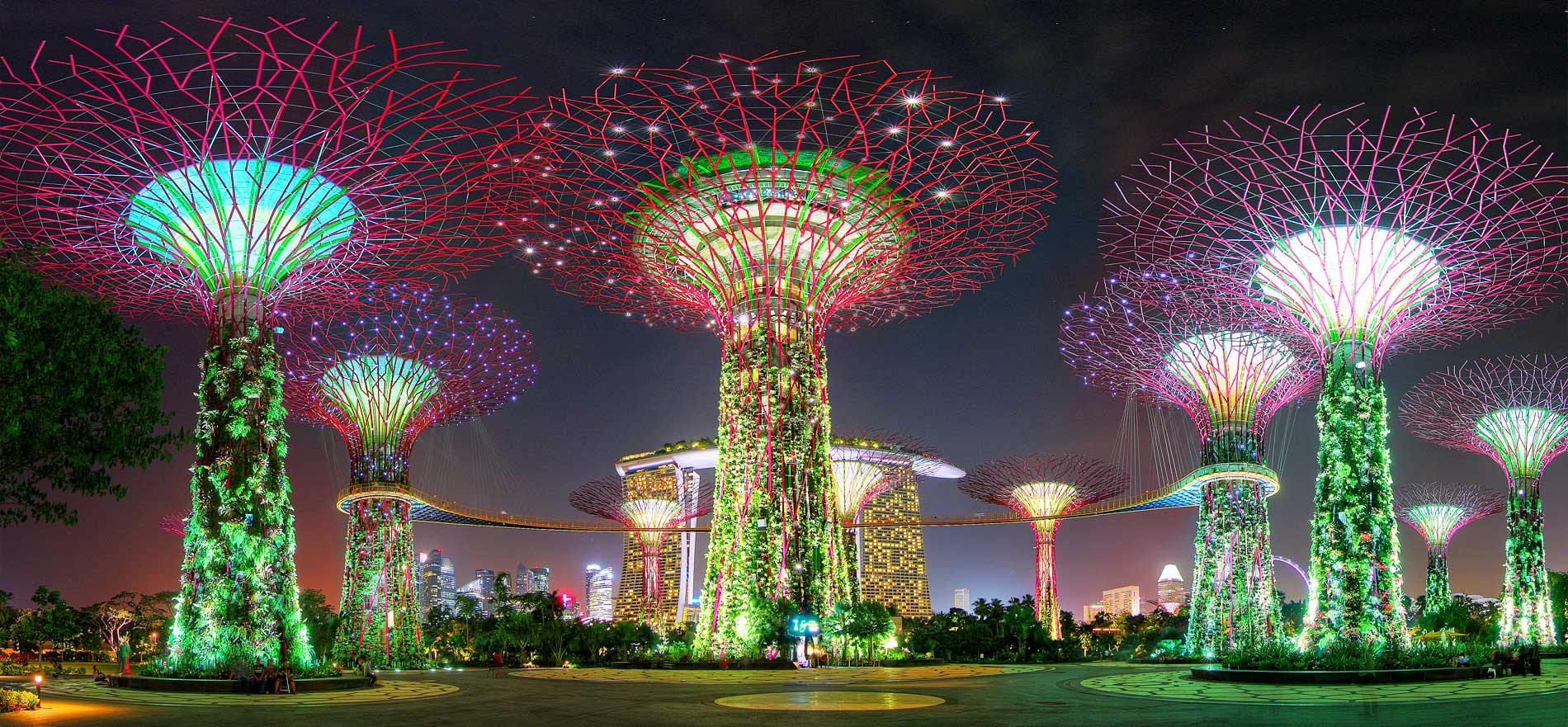 dont you think that the project of gardens by the bay is sensational would you like to visit one day