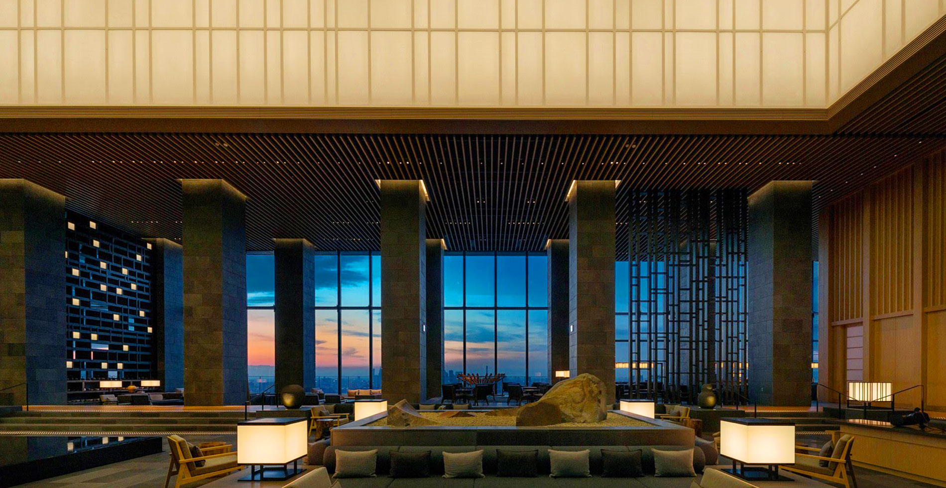Aman tokyo hotel an oasis in the contemporary japanese for Design hotel tokyo