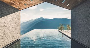 Top10: the most impressive mountain SPA 2017