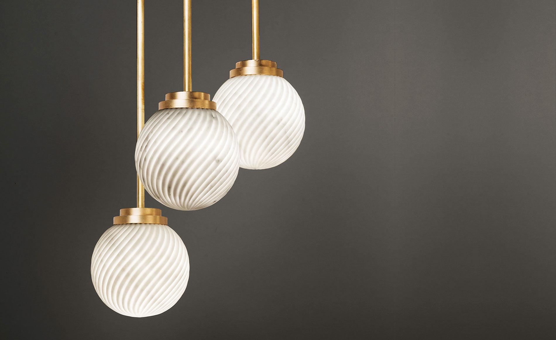 Victoria marble lamp