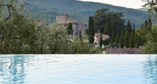 Meleto Castle in Tuscany, from a military stronghold to a deluxe stay