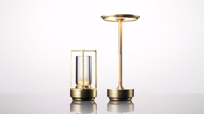Turn-Ambientec-brass-usb-table-lamp-Nao-Tamura