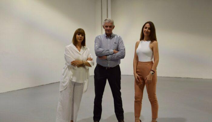 Giulio Cappellini e Gisella Borioli con Camilla Bellini a Cult&Must