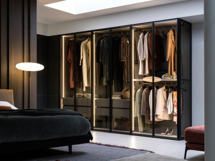 Perry wardrobe lighted up with LEDs